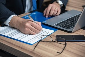 Should You Hire a Tax Attorney or a CPA?